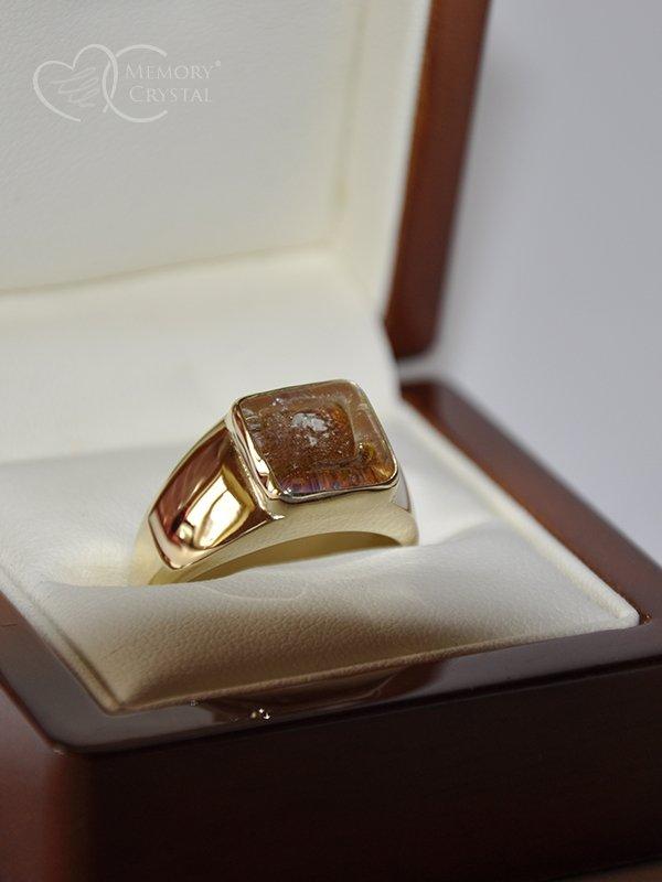 ring-man1